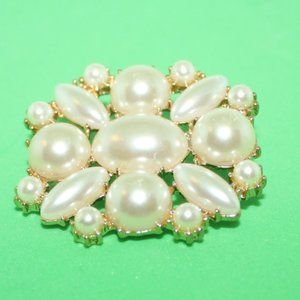 Gold Tone Faux Pearl Brooch